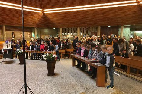 Presentatieviering Eerste Communicanten St Josephparochie