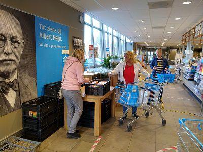 M25 helpt Voedselbank Westland