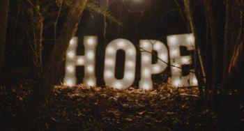Woorden van hoop en troost voor tweede golf Covid-19