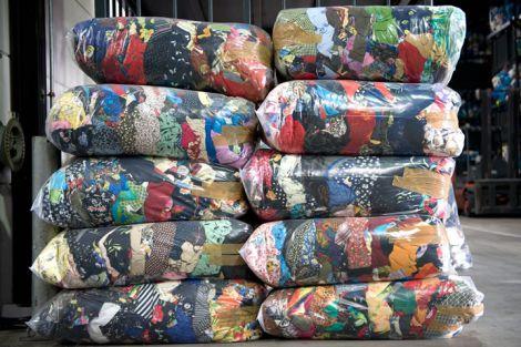 Opbrengst kledingactie 's-Gravenzande voor Steunfonds SBW