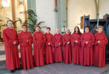 Poeldijkse Vrouwenschola zingt Gregoriaans