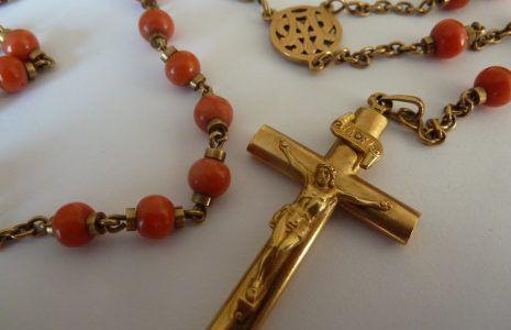 Jaar van Gebed - het bidden van de rozenkrans