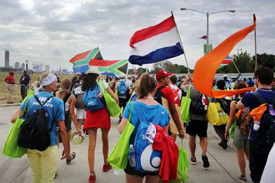 Paus roept jongeren voor Wereldjongerendag op om na pandemie nieuw hoofdstuk te beginnen