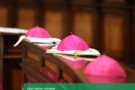 Nederlandse bisschoppen: met Palmzondag en Pasen geen publieke liturgische vieringen