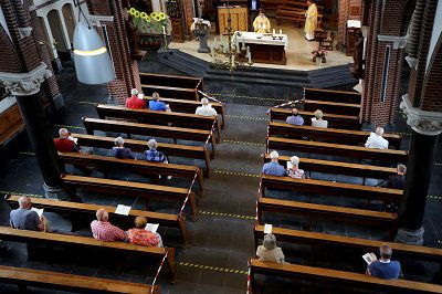 Beperkte verruiming in R.-K. Kerk voor grote kerkgebouwen met ingang van 29 april
