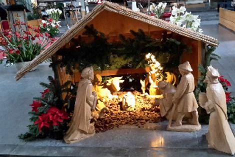 Feestelijke Hoogmis op Kerstmorgen in Poeldijk