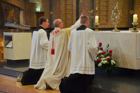 Lof op Sacramentsdag  in de HH. Martelaren van Gorcum kerk te De Lier
