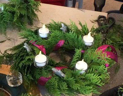 Adventskrans maken in de St Joseph